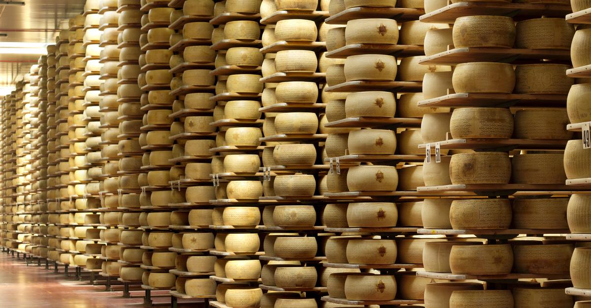 Imagen de almacén de quesos | Qué desinfectantes se utilizan en la industria alimentaria